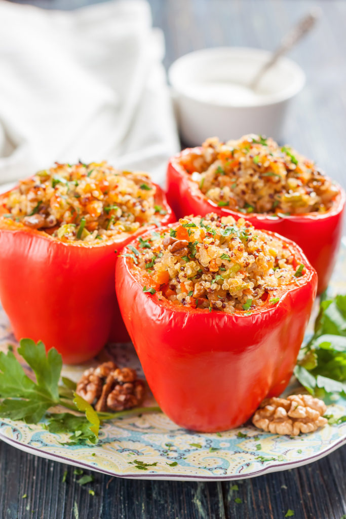 quinoa stuffed peppers healthy easy dinners